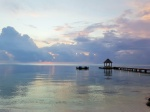 El embarcadero al amanecer, X'Tan Ha Resort (Belice)