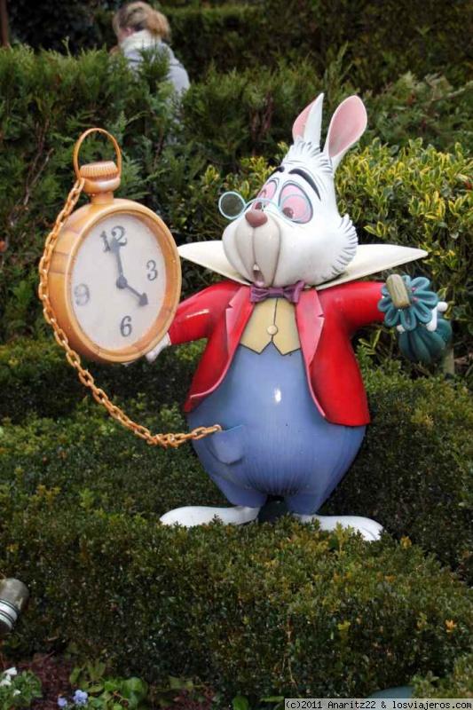 El conejo blanco de alicia en el pais de las maravillas fotos de francia losviajeros - Conejo de alicia en el pais de las maravillas ...