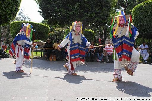 Ruta por los 8 Pueblos Mágicos de Michoacán (México)