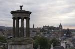 Edimburgo a fondo además de cuatro excursiones de un día