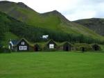 ISLANDIA: tierra de hielo, caballos salvajes, cascadas, géiseres, vikingos y aur