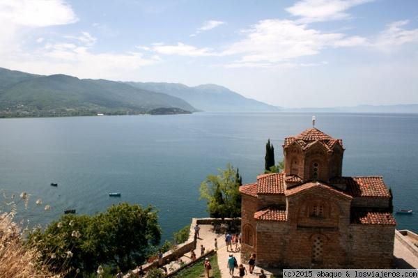 Macedonia con parsimonia