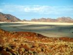 """Namib, significa """"enorme"""" en lengua nama."""