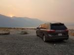 Coche en Mono Lake