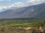 Sierra de Baoruco desde Lago Enriquillo