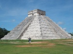 Día 3: Tulum - Playa Paraíso - Gran Cenote - Cobá
