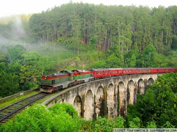 Sri Lankan Rail This is the nine arch bridge in Ella. One of the beautiful seen of hill country by train.