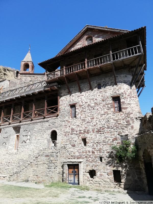 Acceso al monasterio de David Gareja