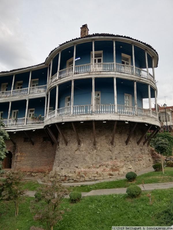 Antiguas casas otomanas hoy convertidas en hoteles y B B