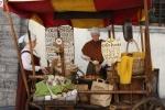 Puesto de venta de almendras en Tallin