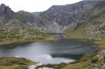 Vista de uno de los lagos de Rila