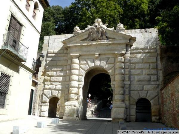 Opiniones De Puerta De Las Granadas