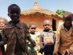 Niños en poblado senufo