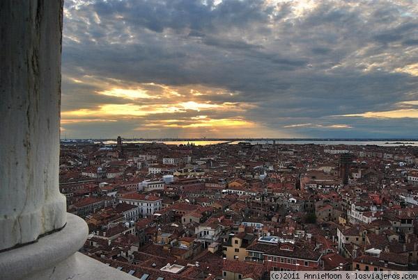 Cae el sol en Venecia - Italia The sun in Venice - Italy