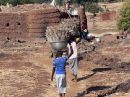 Ir a Foto: Poblado Lobi  Go to Photo: Lobi Village