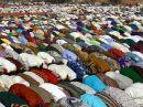 Ampliar Foto: Oracion - Bobo Dioulasso, fiesta de Tabaski - Burkina