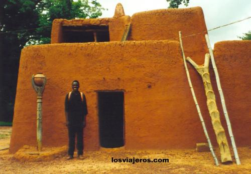 Museum - Bobo Dioulasso - Burkina Faso Museo - Bobo Dioulasso - Burkina Faso