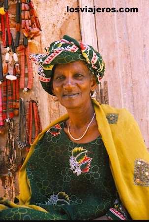 Old Lady - Goree Island- Senegal Dama - Isla de Goreé- Senegal