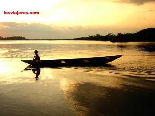 Sunset in Amazon River - Brasil - Brazil. Atardecer en el rio Amazonas - Brasil