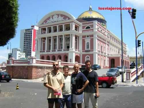 Edificio de la opera en al ciudad de Manaos - Brasil - Manaus - Brazil. Edificio de la opera en al ciudad de Manaos - Brasil - Manaus - Brazil.