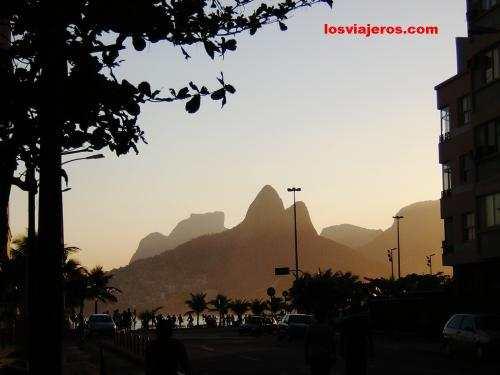 Pan de Azucar al atardecer - Rio de Janeiro - Brasil - Brazil. Pan de Azucar al atardecer - Rio de Janeiro - Brasil - Brazil.