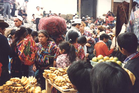 Traditional Market in Guatemala - America Mercado tradicional - Chichicastenango - Guatemala - America