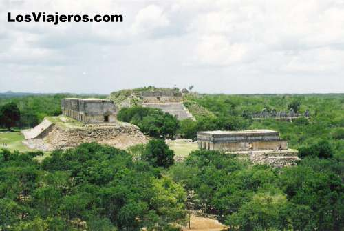 Mayan ruins of Uxmal - Mexico Las ruinas mayas de Uxmal -Mexico