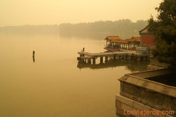 Orillas del Lago Kunming - Palacio de Verano - Pekin - China Shores of Kunming Lake - Summer Palace - Beijing - China