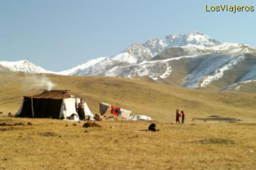 Nomadas y paisajes tibetanos - China