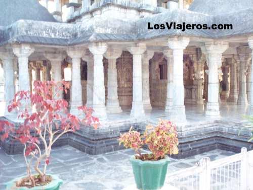 Templos jainistas de Delwara o Dilwara - Rajastan - India