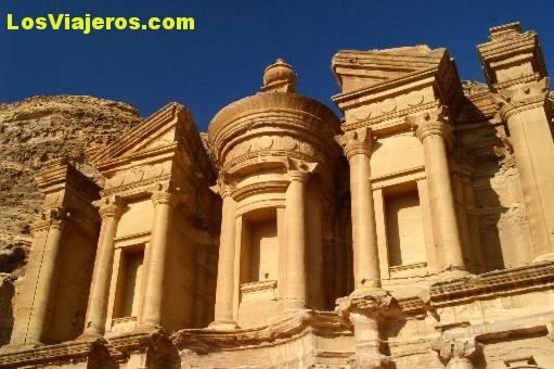 The Monastery -Petra- Jordan El Monasterio -Petra- Jordania