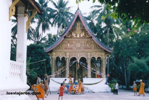 Templo Budista - Wat Pa Phai - Luang Prabang - Laos Buddhist Tempple - Wat Pa Phai - Luang Prabang - Laos