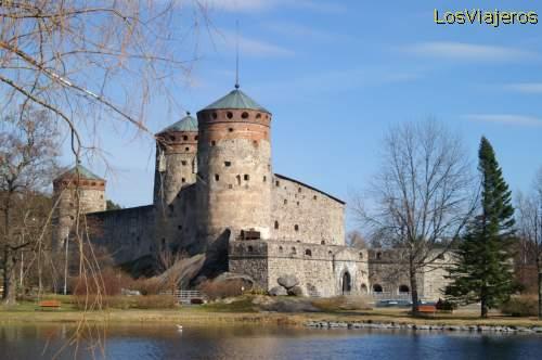 Castle of Olavinlinna - Savonlinna - Finland Castillo de Olavinlinna - Savonlinna - Finlandia