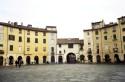 Square -Lucca- Italy Plaza de Lucca- Italia