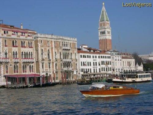 Vista de la ciudad de Venecia - Italia