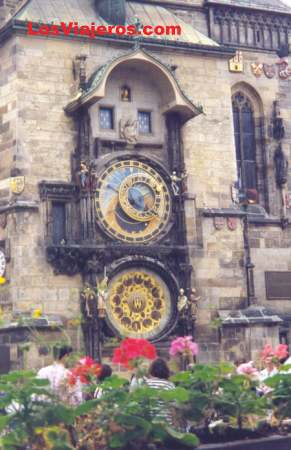 The most famouse clock of Prague - Staromestske Scuare - Prague - Czech Republic El mas famoso reloj de Praga - Plaza Staromestske - Praga - República Checa - Checa Rep.