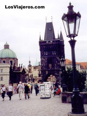 Karl's Bridge - Prague - Czech Republic Puente de Carlos (extremo de Stare Mesto) - Praga - República Checa - Checa Rep.