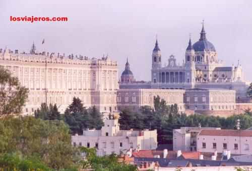 Royal Palace & Cathedral - Madrid - Spain Palacio Real y Catedral de la Almudena - Madrid - Espa�a